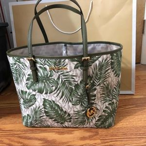 0ca7517f8232 MICHAEL Michael Kors Bags - MICHAEL Michael Kors Large CarryAll Palm Leaf  Tote